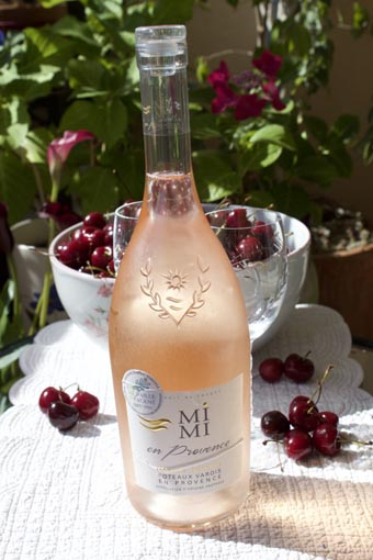 Mimi en Provence rose wine, France